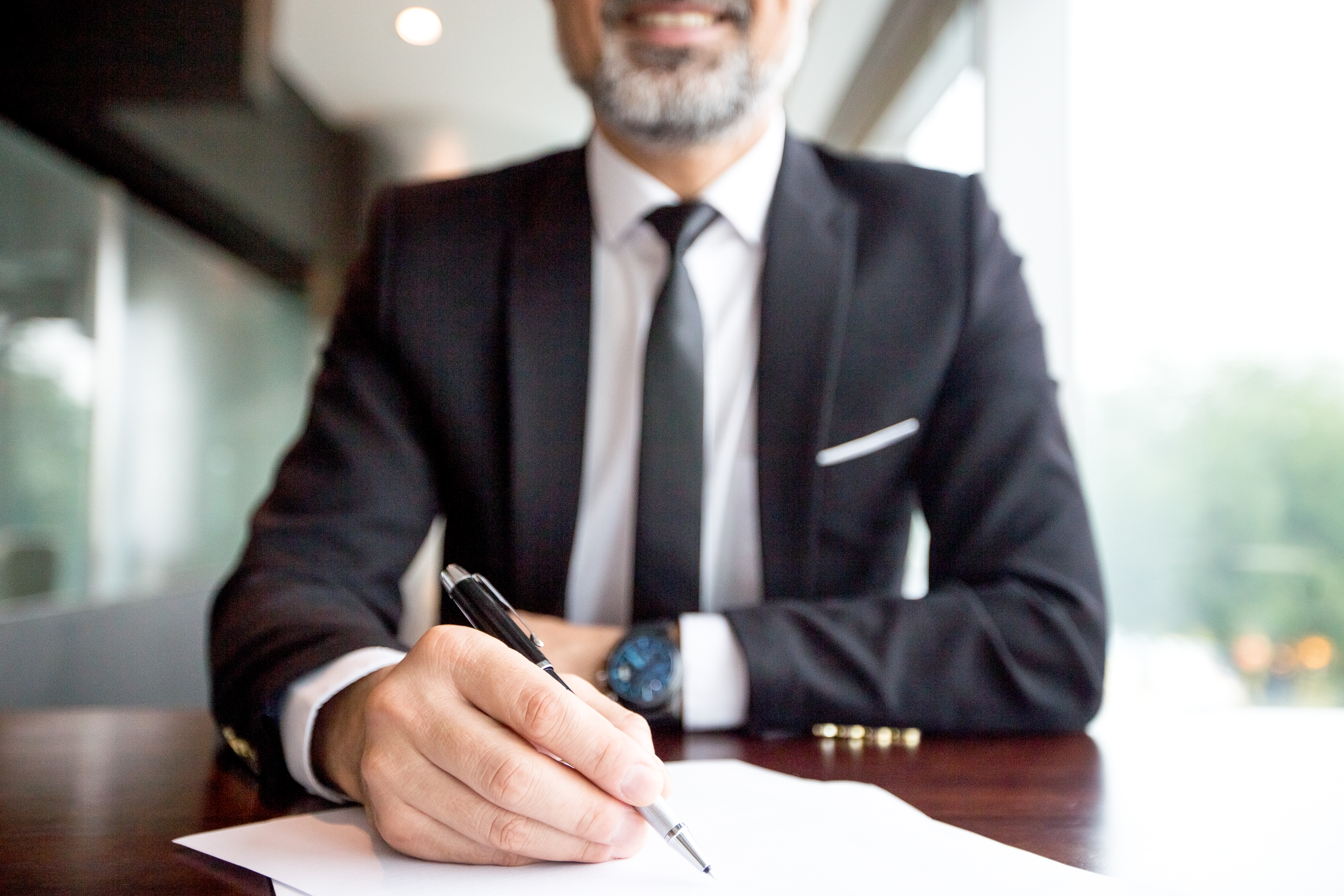 Новые правила подписание контракта: Инструкции от ЕИС.